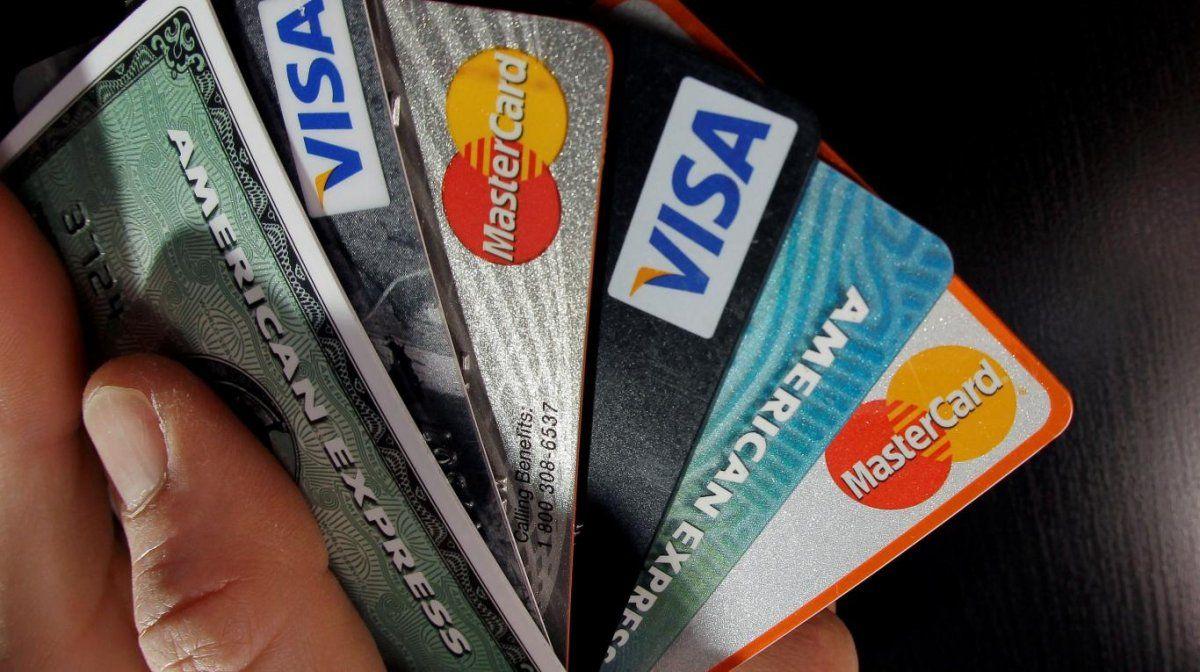 Financiar el resumen de la tarjeta puede costar hasta 200%