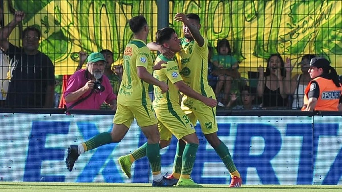 Defensa y Justicia venció 2 a 0 a Godoy Cruz