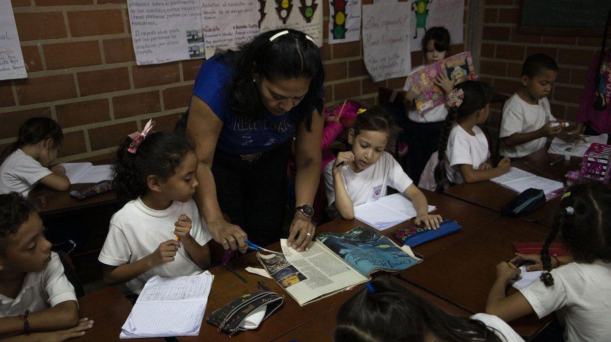 Emergencia educativa: maestros abandonaron las aulas