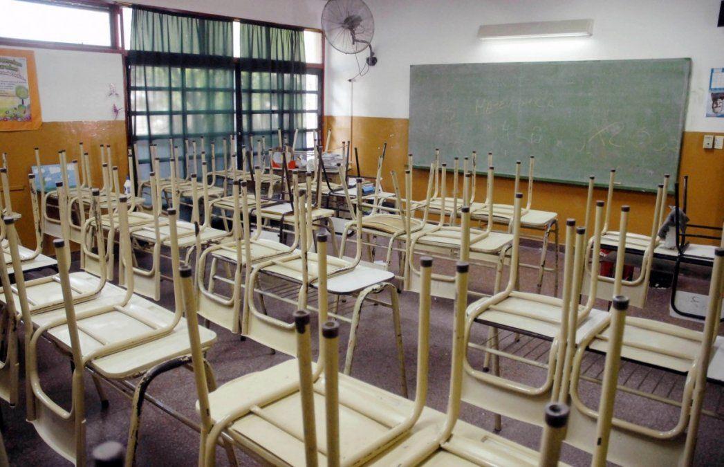 Un sector de docentes privados no cobraron noviembre y analizan medidas
