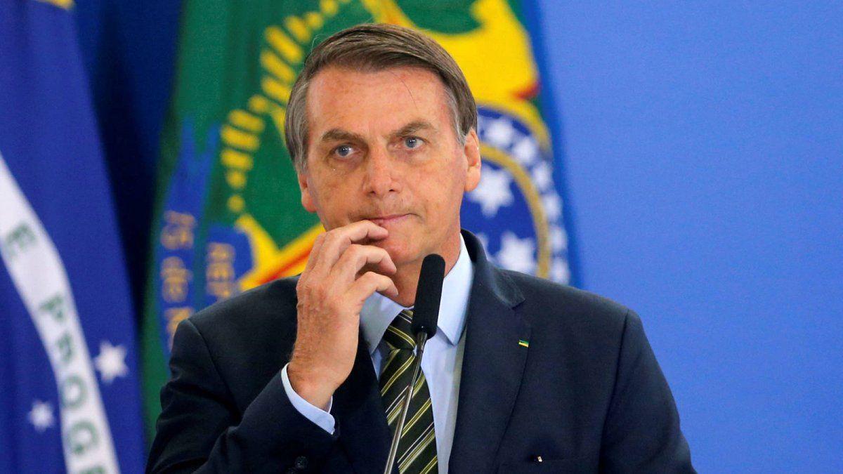 Polémica por los indultos de Bolsonaro a efectivos