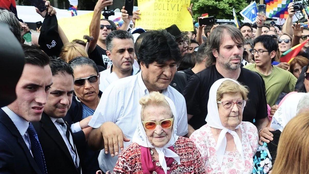 Incidentes en Plaza de Mayo durante la llegada de Evo Morales