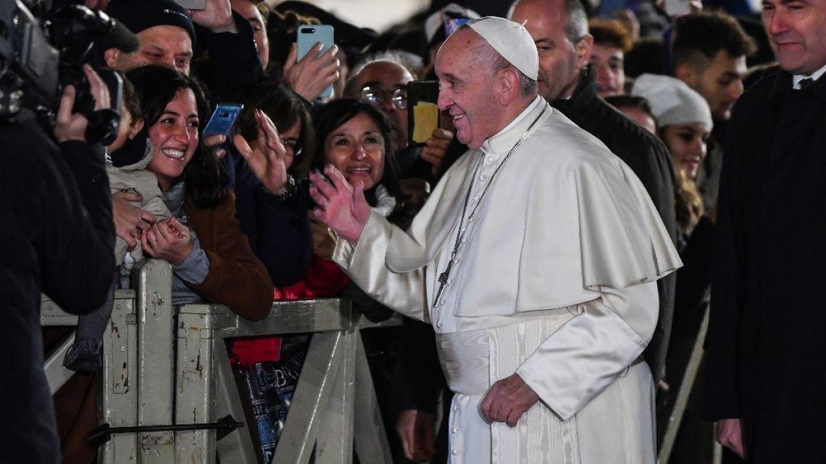 El papa Francisco pidió disculpas por reaccionar contra una mujer