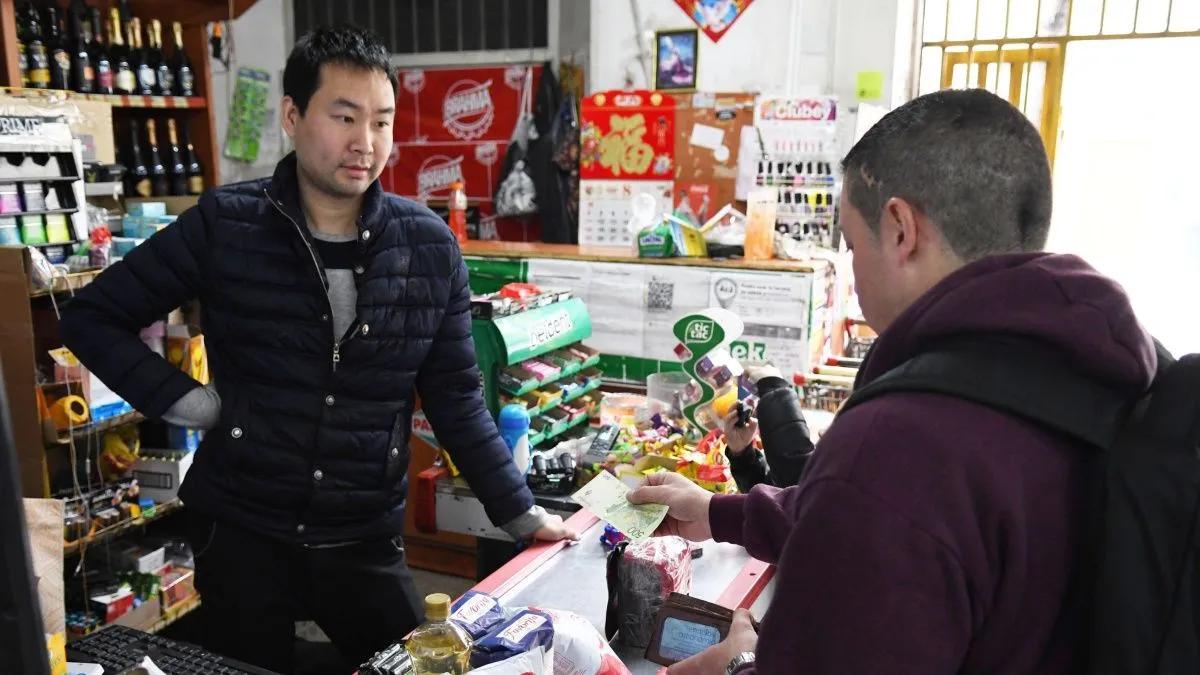 Precios Cuidados: el Gobierno negocia con supermercados chinos
