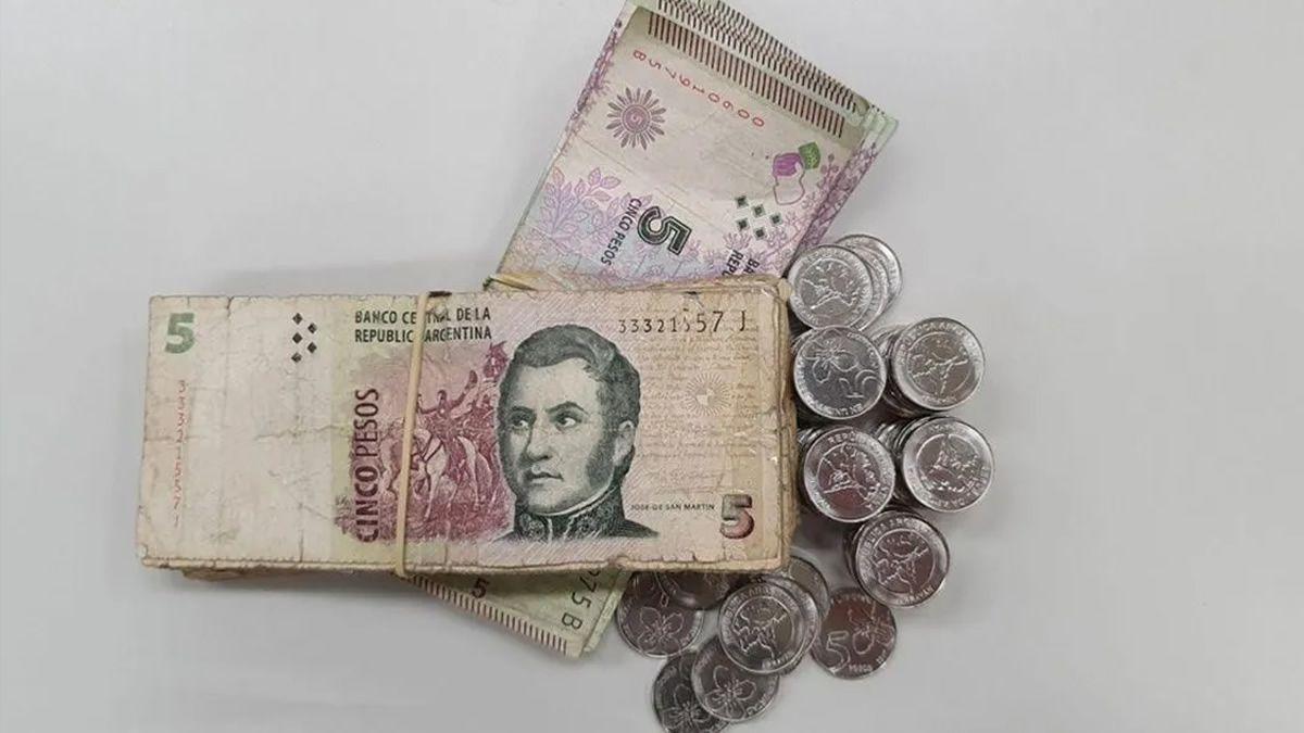 Piden postergar el plazo para sacar de circulación al billete de $5