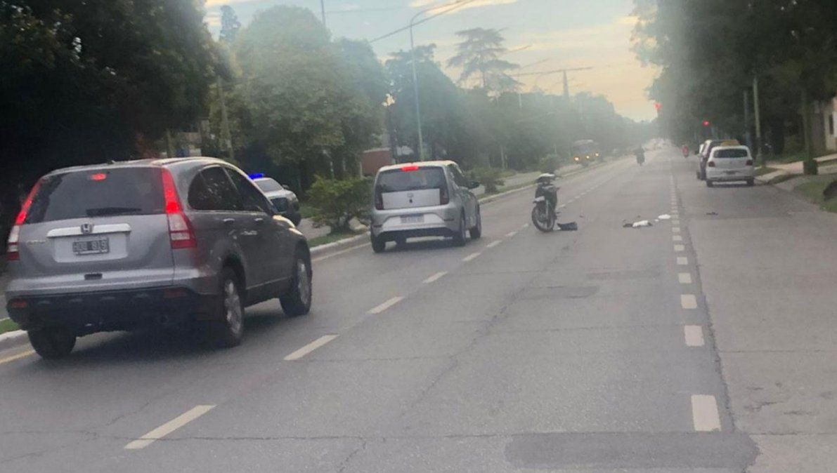 Doble accidente en la avenida Mate de Luna