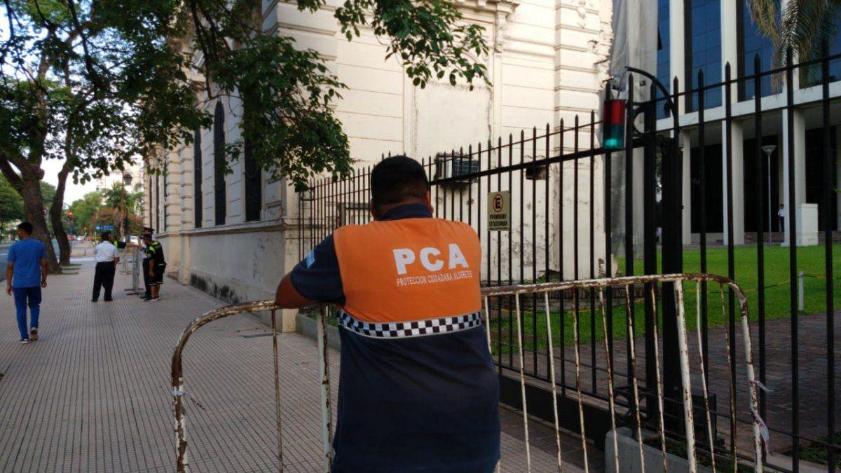 Agentes de Protección Ciudadana de Alderetes protestaron en la Legislatura