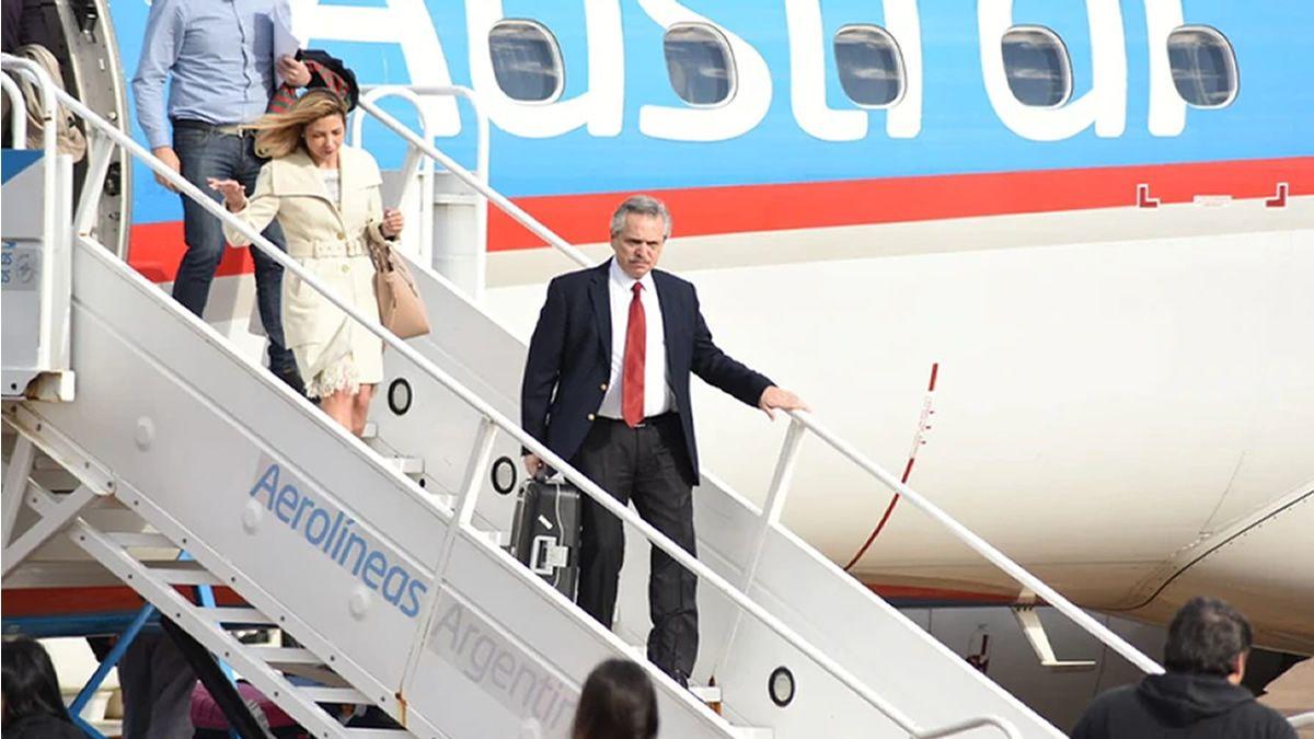 Alberto Fernández regresó tras la visita a Israel, su primer viaje internacional