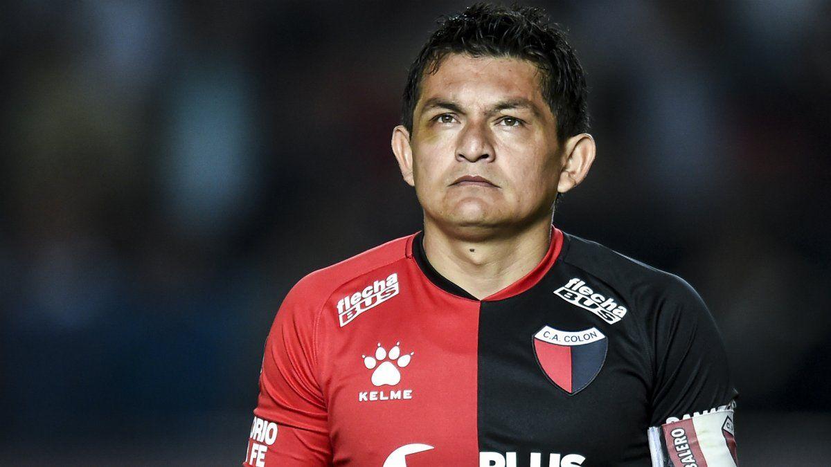 El Pulga Rodríguez estuvo cerca de hacer el gol de la fecha