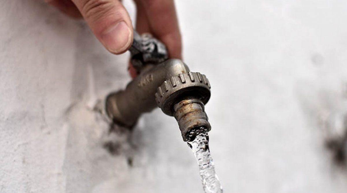 No hubo aumentos en agua y energía: ¿por qué suben los valores?