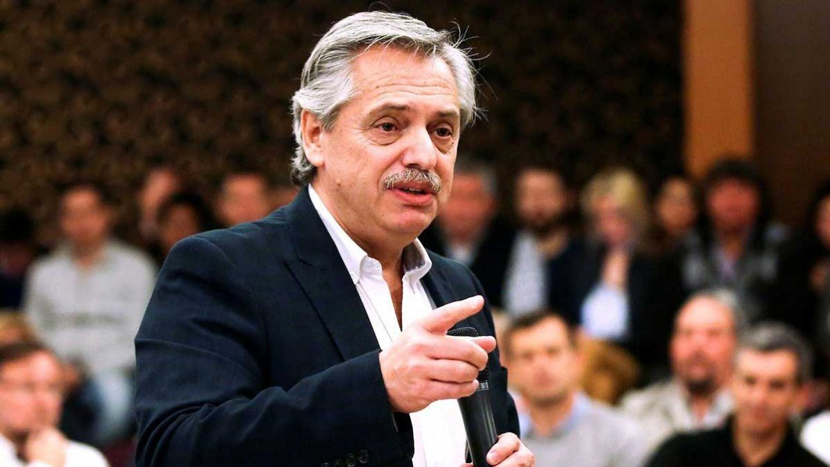 Fernández discrepó públicamente con su jefe de Gabinete