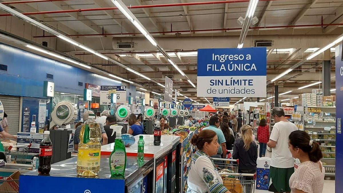 Cuarentena: supermercados en la capital tucumana atenderán de 9 a 18