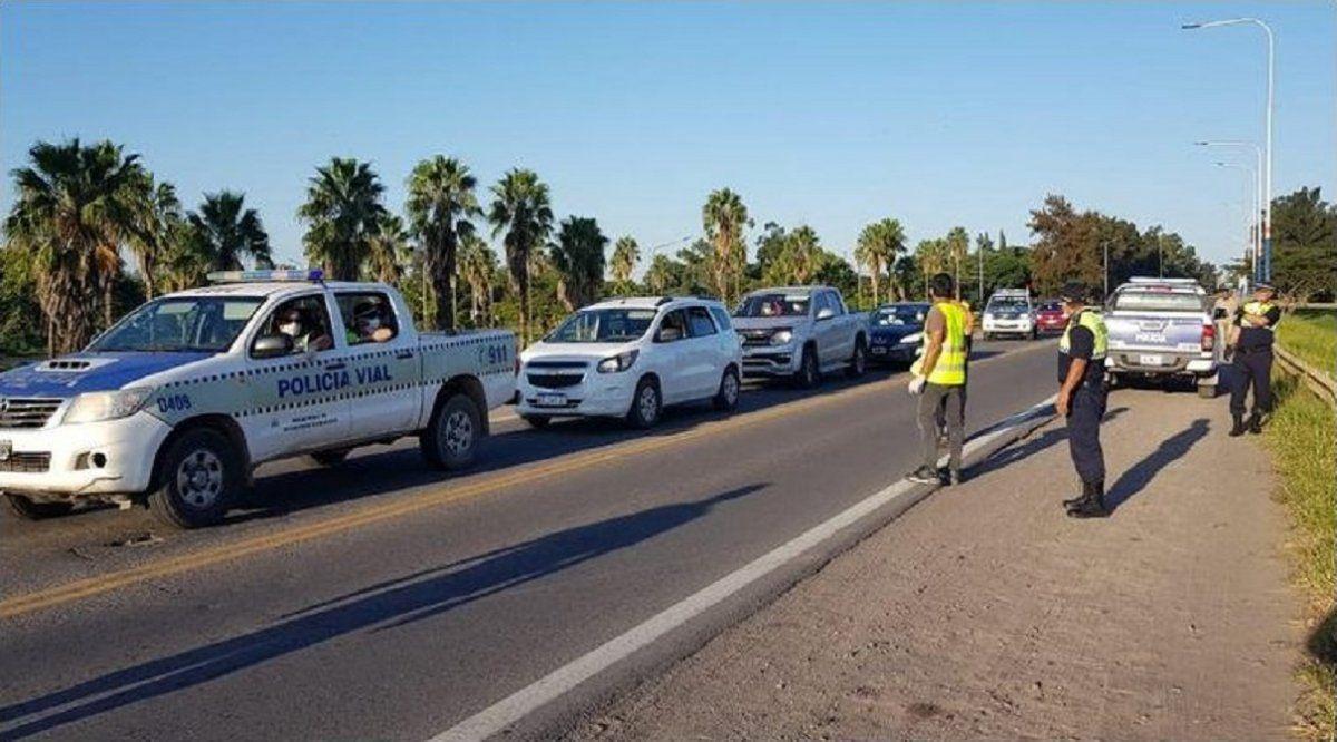 La Policía controla los ingresos a la ciudad y aeropuerto