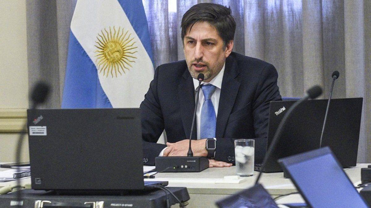 Nicolás Trotta ratificó que la educación continuará a distancia