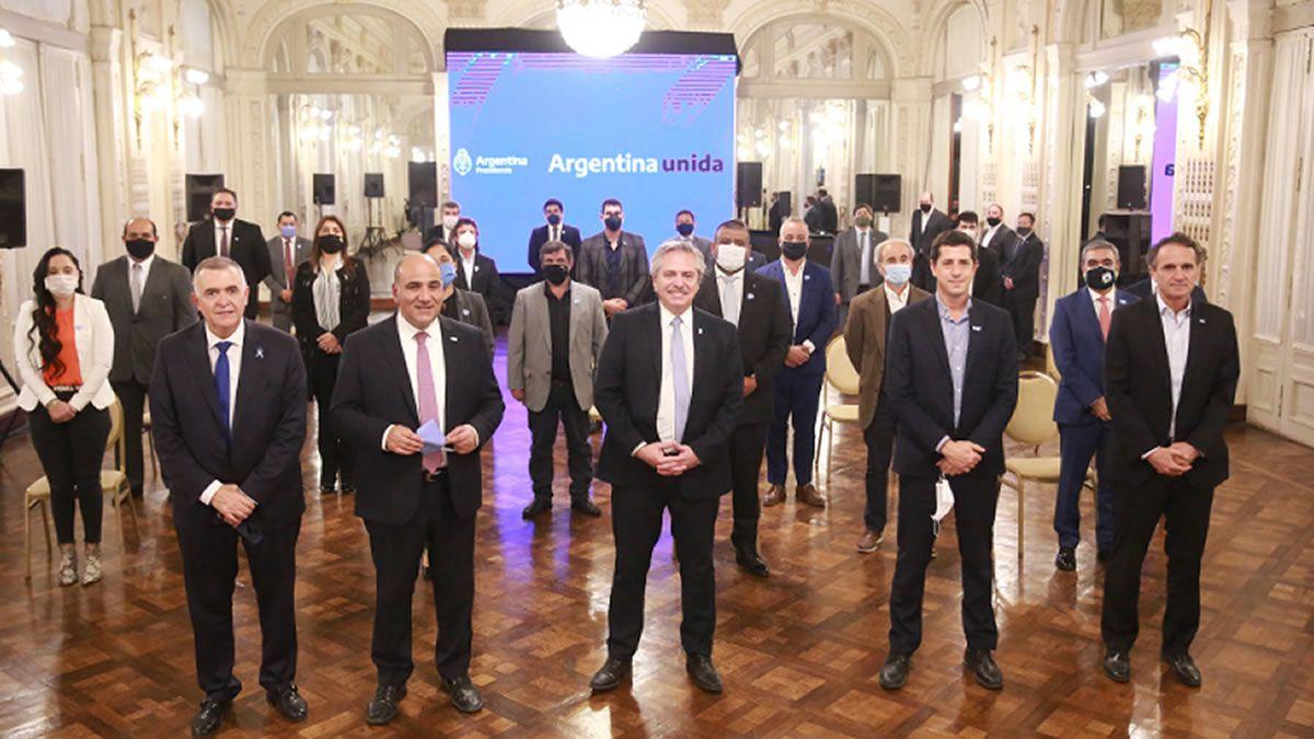 Alberto Fernández anunció inversiones por $11.000 millones para Tucumán