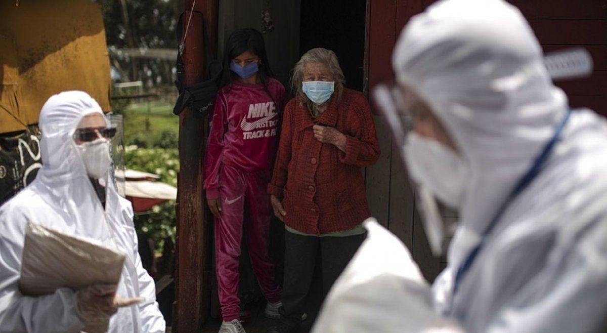 Colombia marca doble récord de 801 casos y 30 muertes por coronavirus