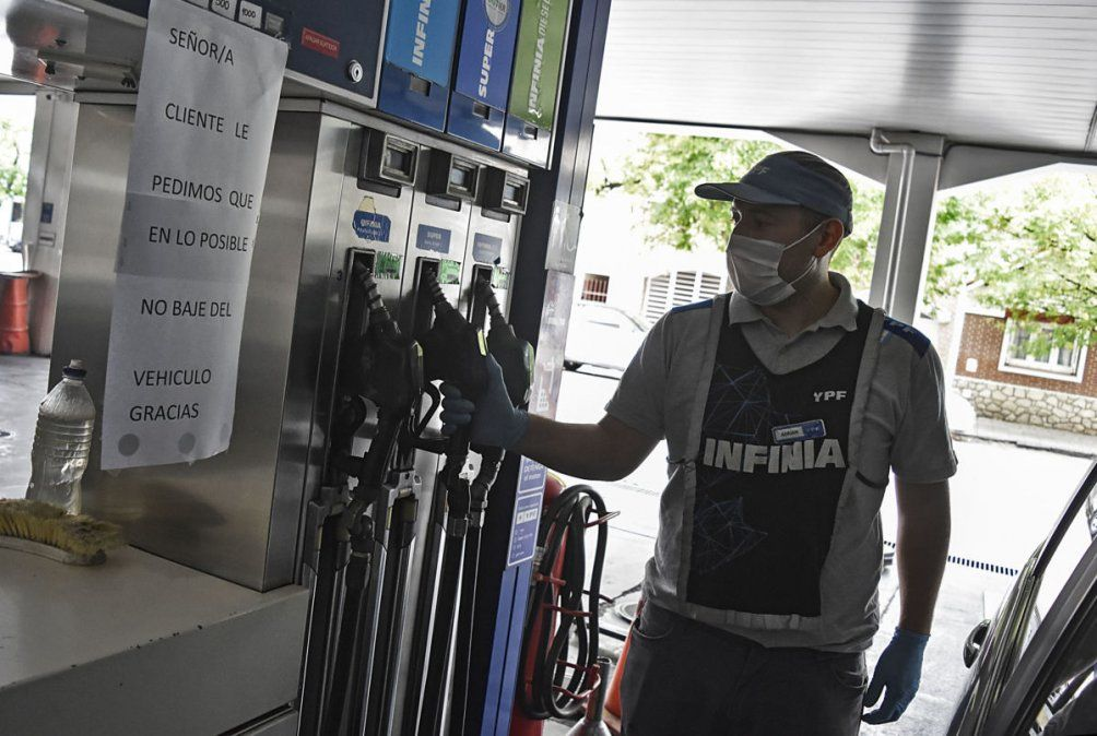 Desplome en el consumo de combustible en todo el país