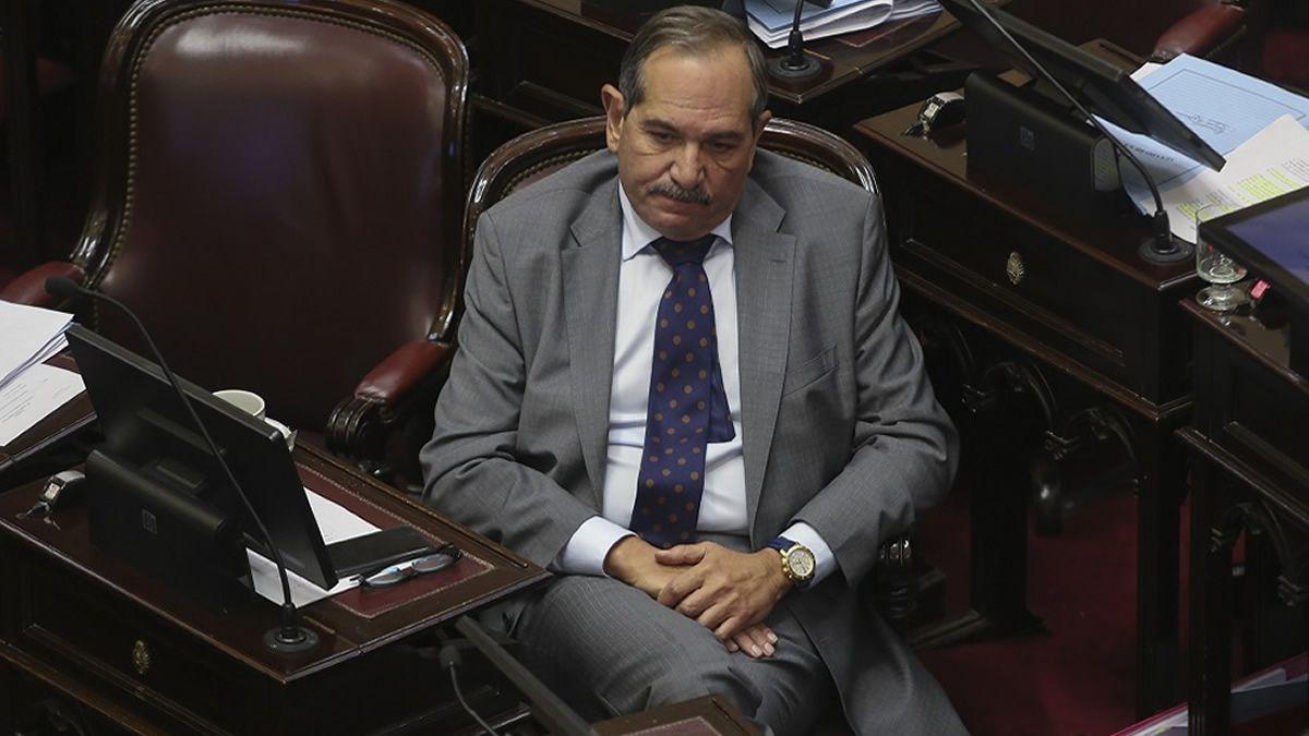 José Alperovich seguirá de licencia