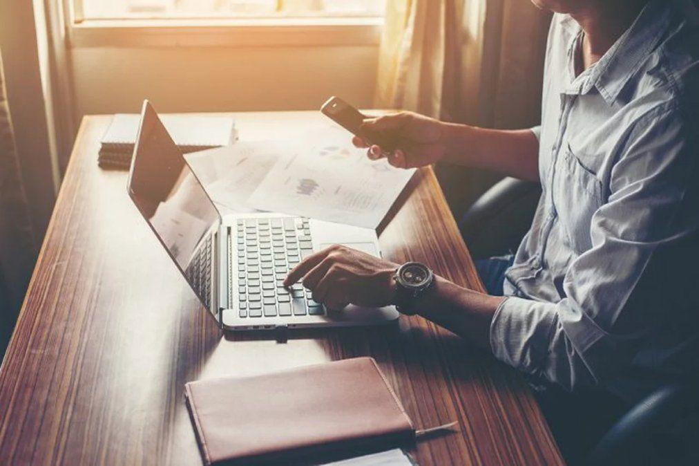 El 48% de las empresas prevé reducir sus oficinas