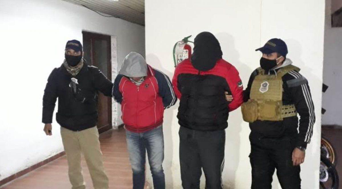 Secuestraron armas de fuego, uniformes policiales, celulares y joyas