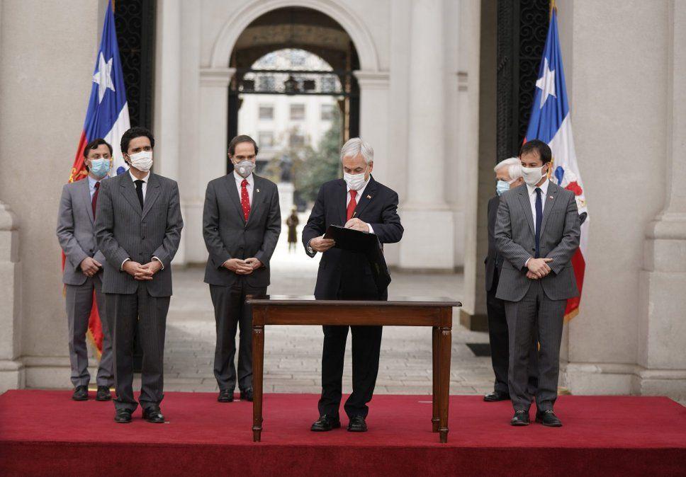 Sebastián Piñera realizó cambios en medio de la pandemia