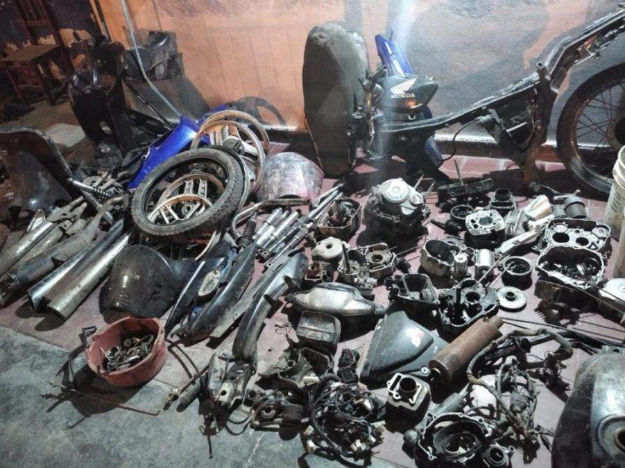 Algunos de los elementos robados. (Foto La Gaceta)