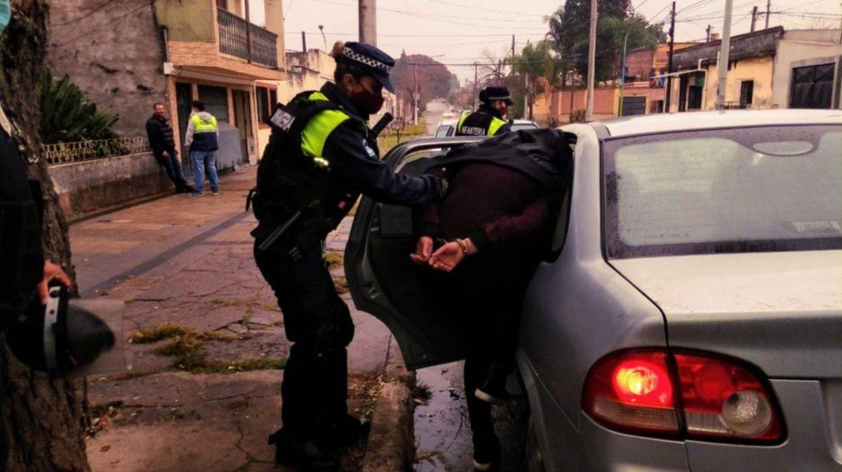 Se llevan a las sospechosas (Foto Los Primeros)