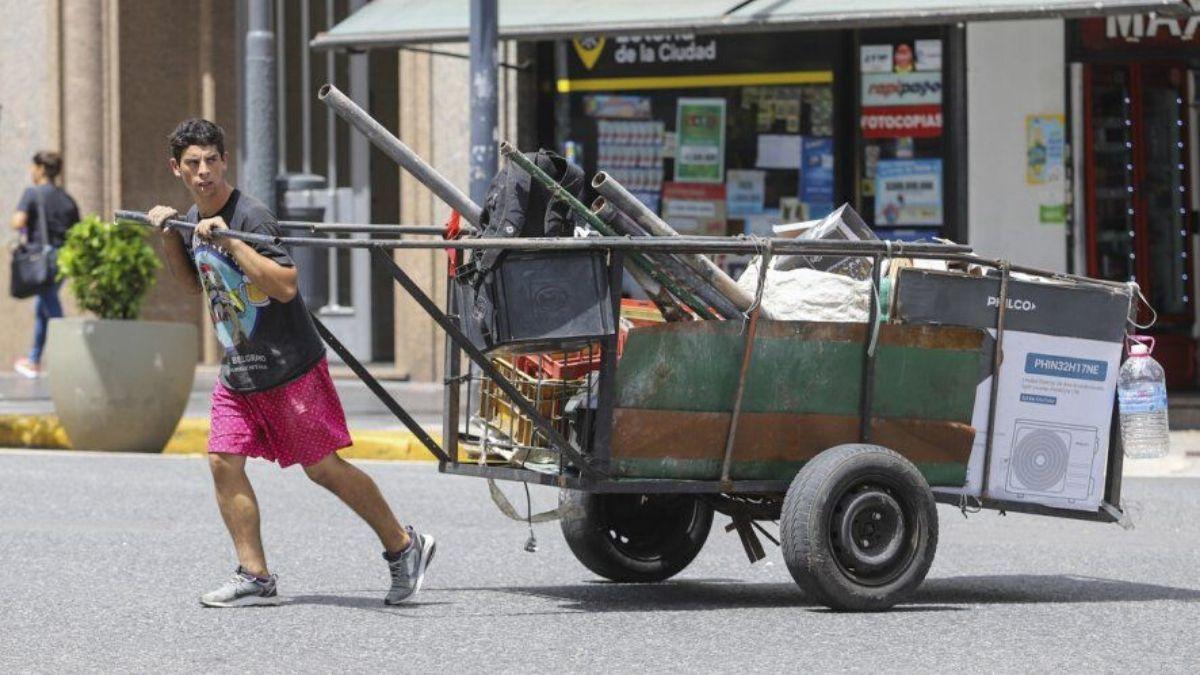 Estiman una caída de un 12% en la economía Argentina