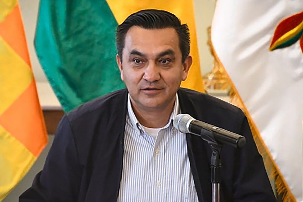 Bolivia: ministro de la Presidencia da positivo a Covid-19