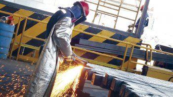 La industria metalúrgica sufrió una caída del 32,8%