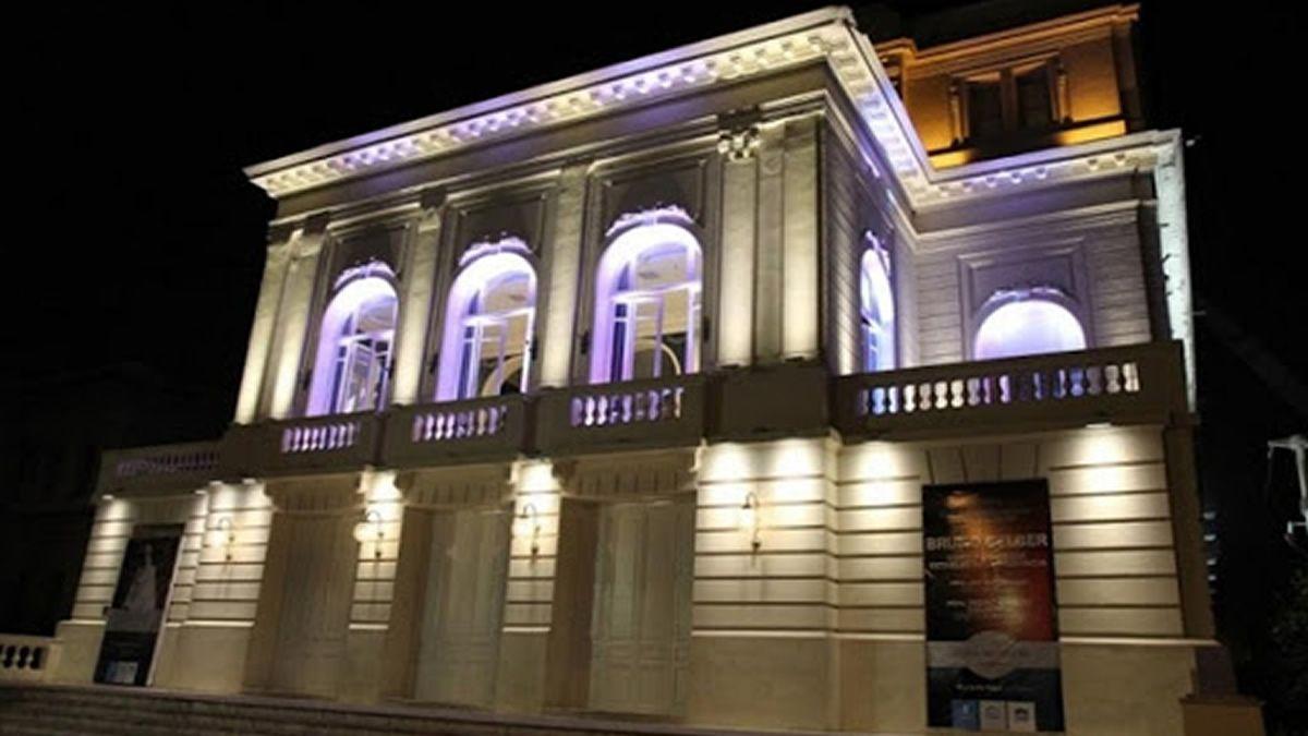 Inicio de festejos de lujo en el Teatro San Martín