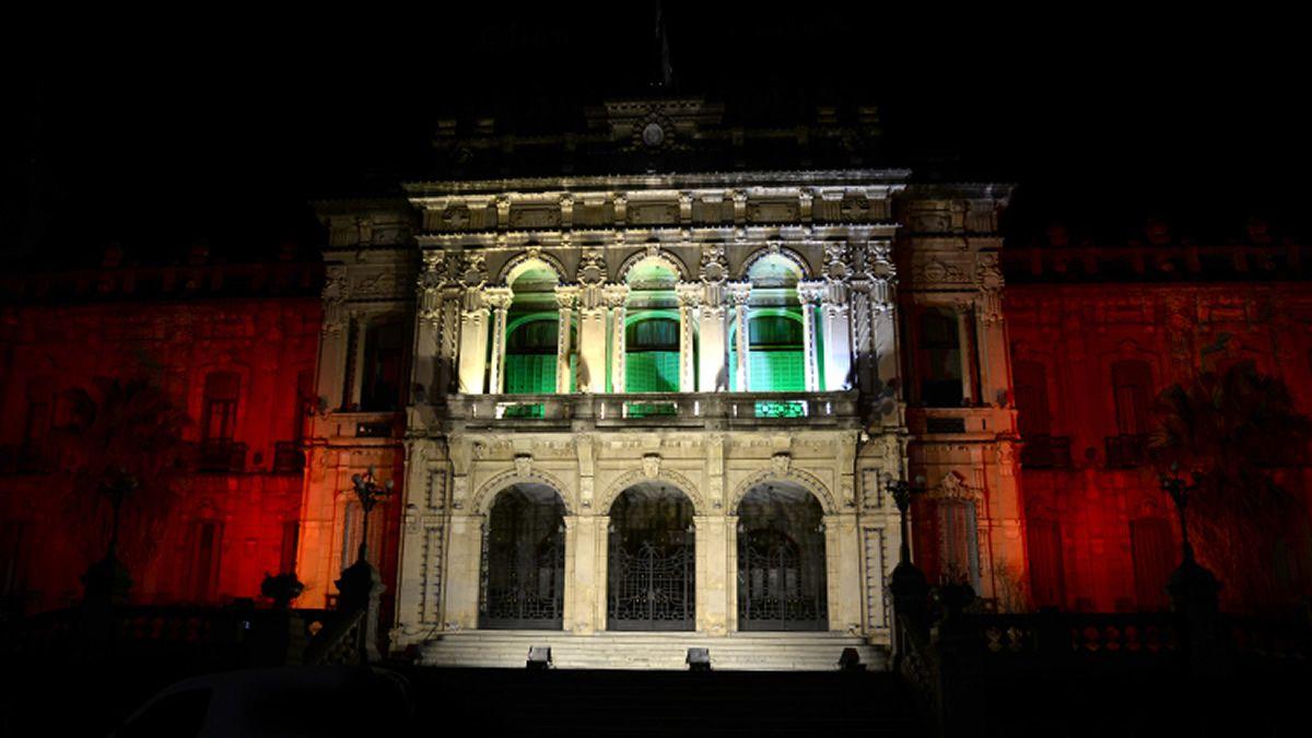La Casa de Gobierno homenajeó a los 158 fallecidos en Beirut