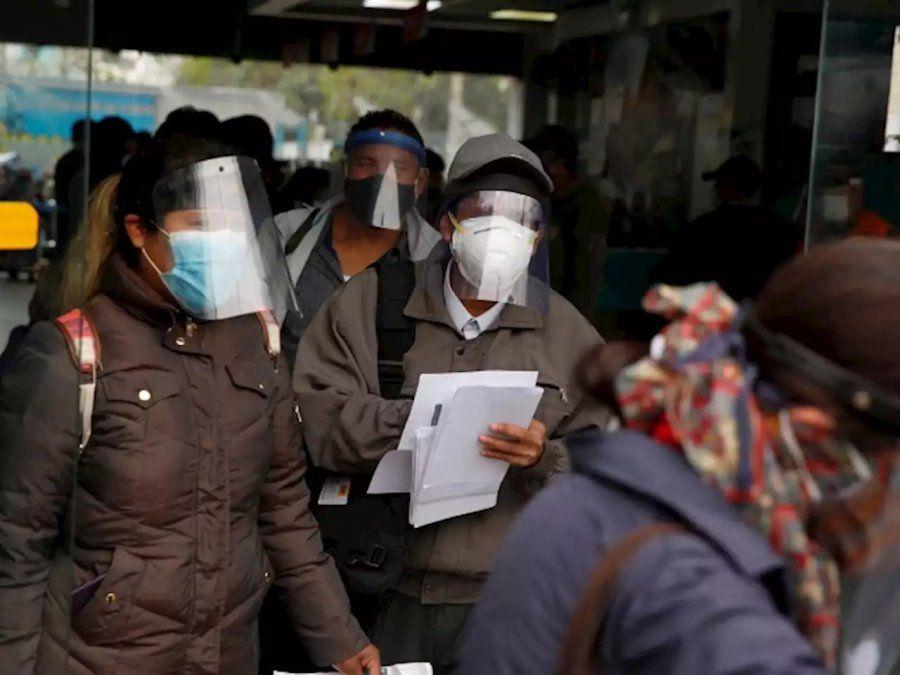 Perú vuelve al toque de queda los domingos por un rebrote