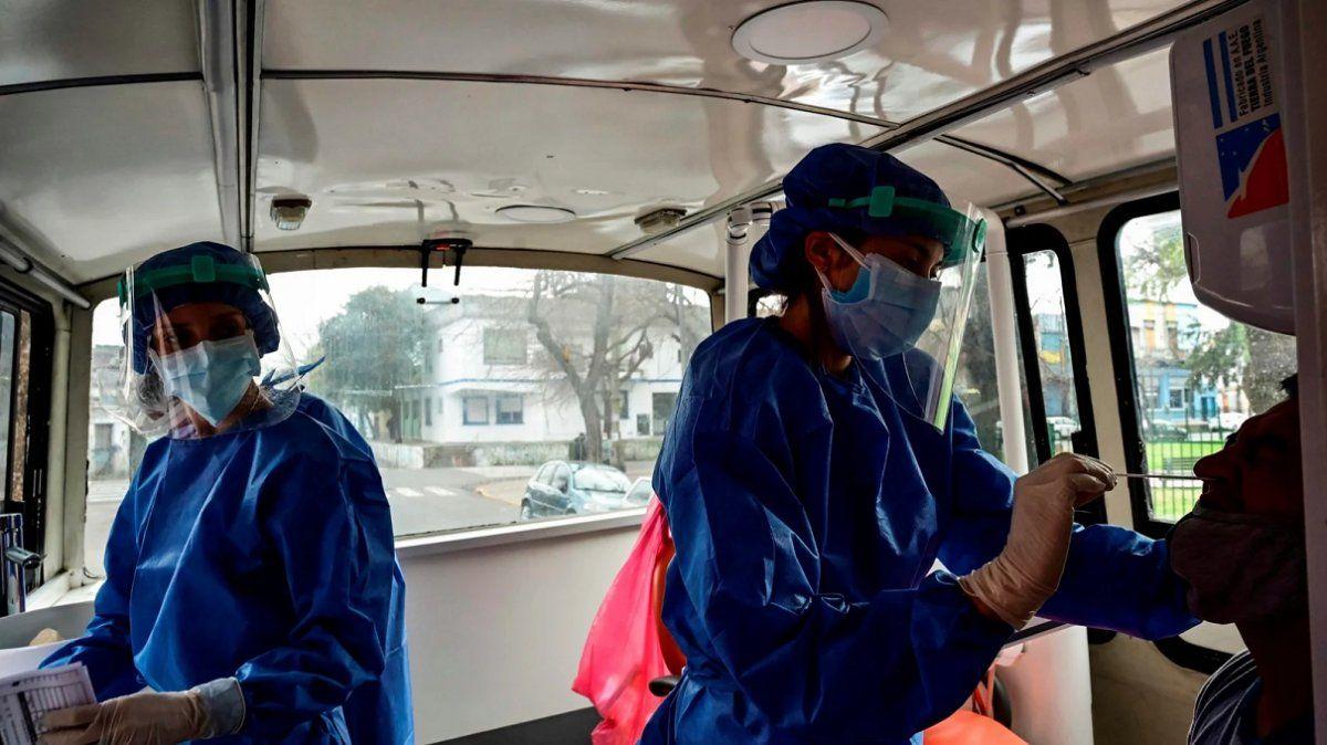 Coronavirus en Argentina: 6.365 casos nuevos y 165 muertes