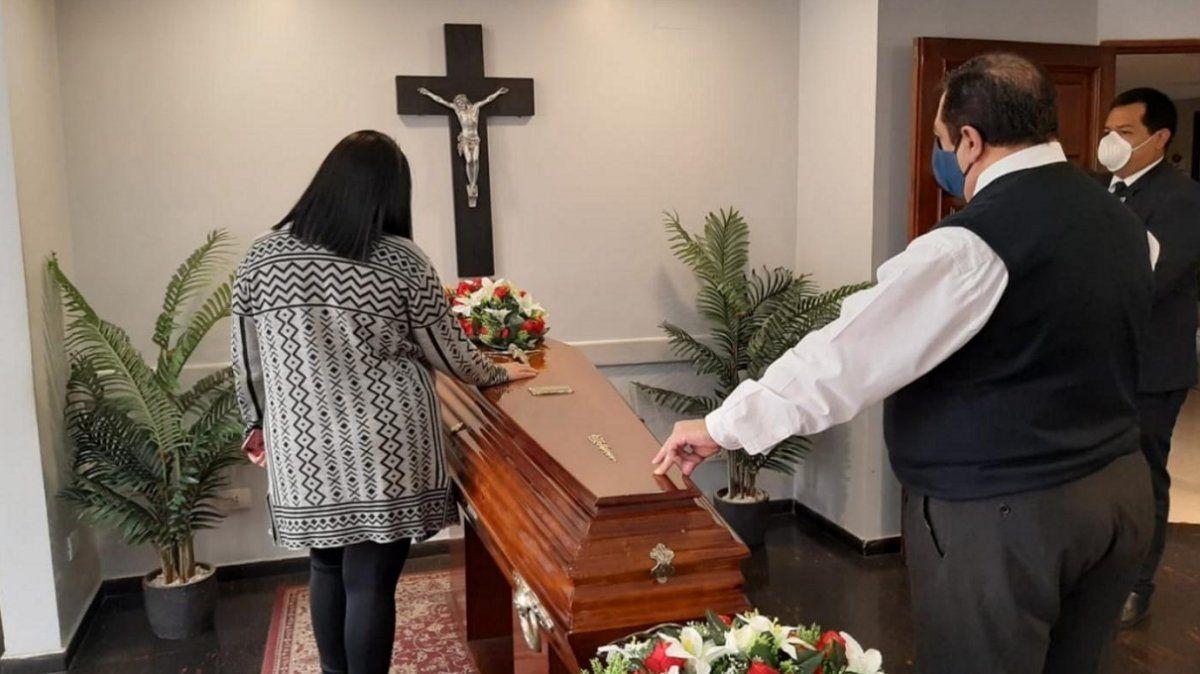 El COE suspendió velatorios y visitas a cementerios