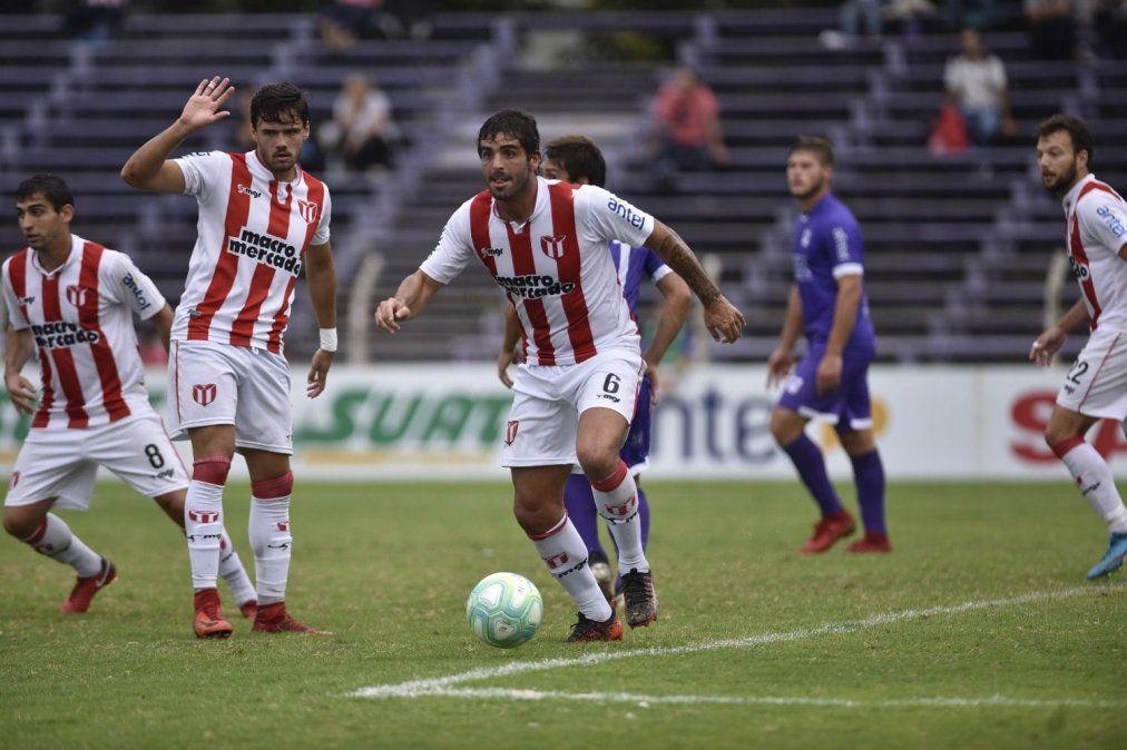 El futbol uruguayo, de luto por el suicidio de Williams Martínez
