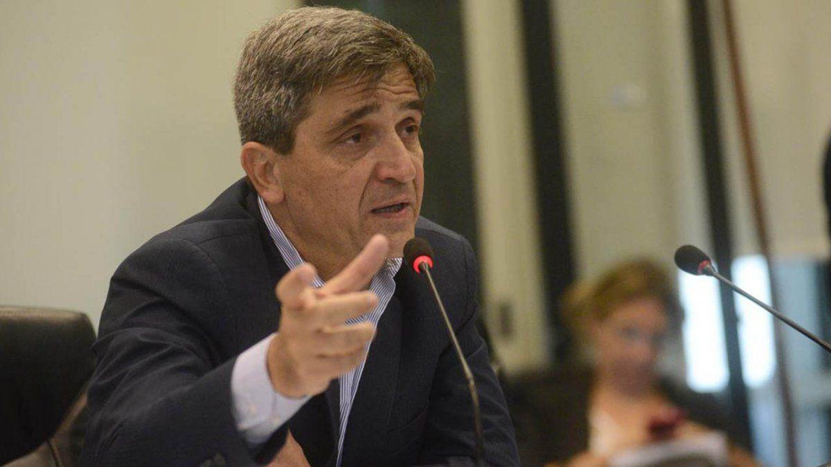 Pablo Yedlin criticó una decisión de los EE.UU. y de la UE con respecto a las vacuna y el ingreso de extranjeros. Foto: codigomedico.com
