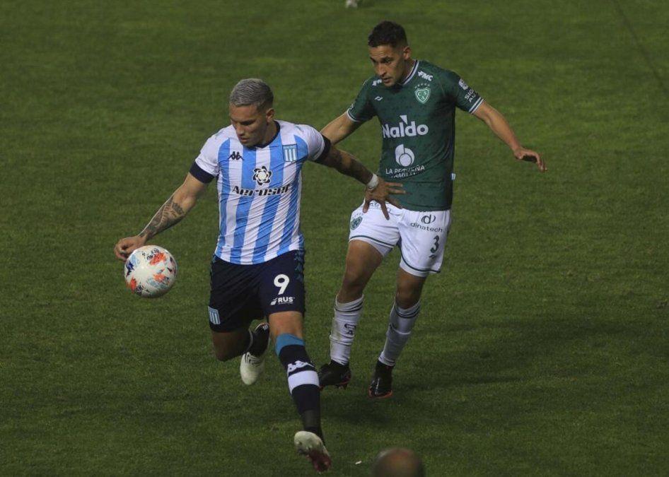 Racing le ganó con la mínimo a Sarmiento en Avellaneda. Foto: ambito.com