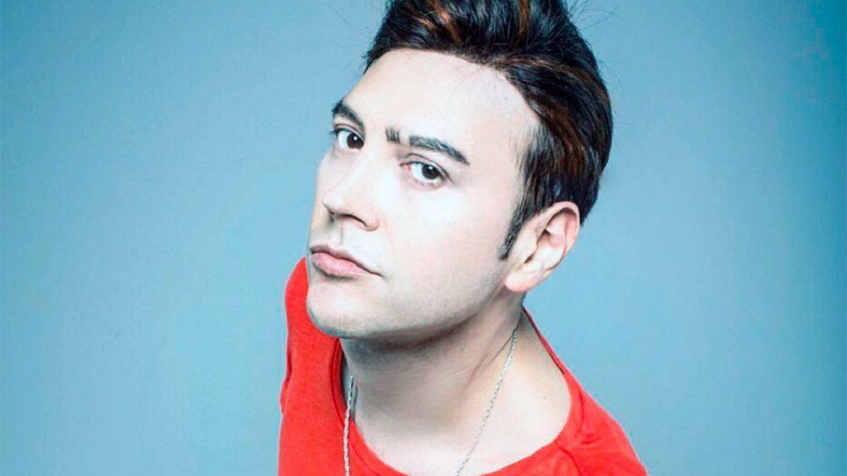 El músico Leo García sufrió una agresión homofóbica y lo denunció en sus redes sociales.