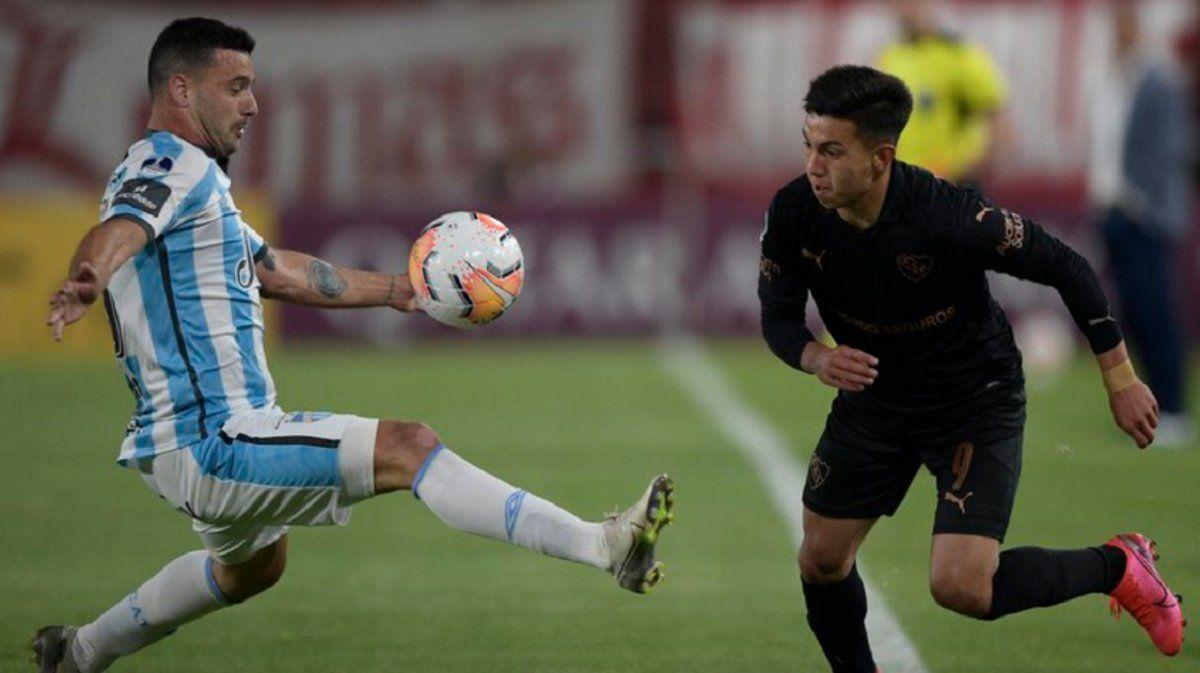Independiente se llevó la ida ante Atlético con polémica
