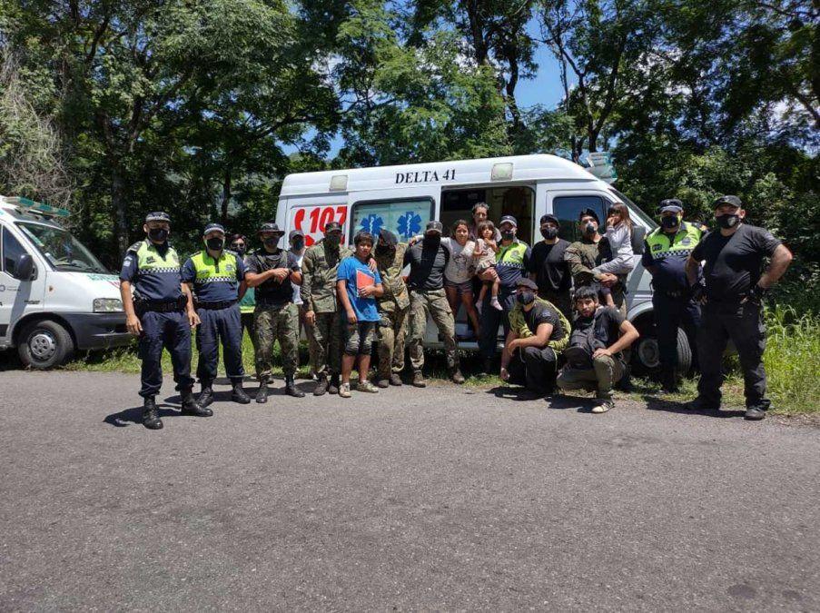 Rescatan a seis personas que se habían perdido en el cerro San Javier