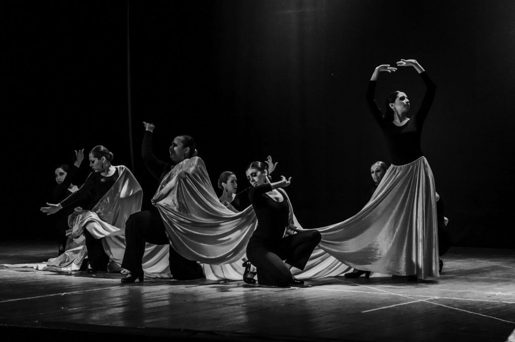 El cuerpo de baile del Centro Andaluz Federico García Lorca se presentará en el Teatro San Martín.
