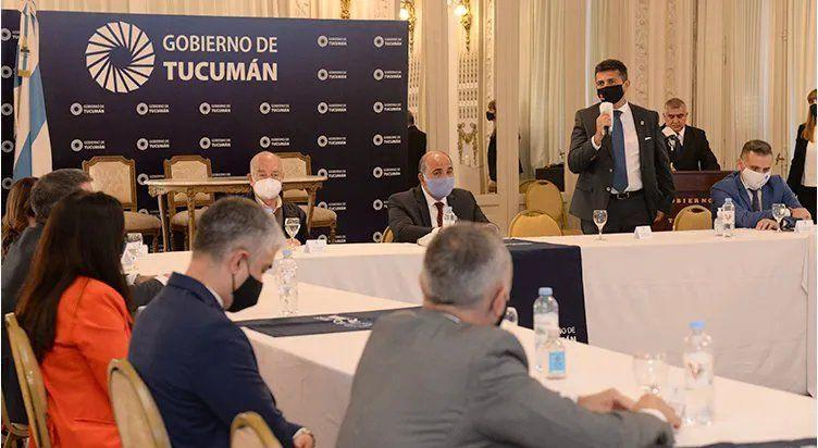El Gobierno busca garantizar la conectividad en la provincia