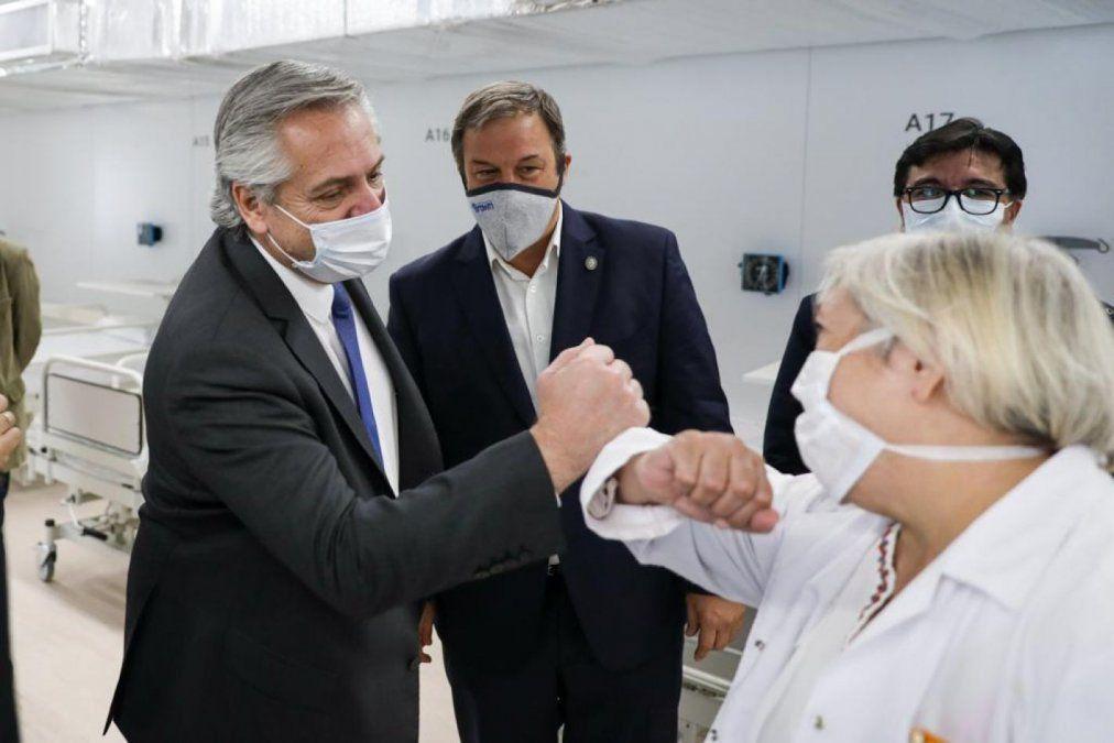 Fernández dijo que 300 mil personas serán vacunadas antes de fin de año