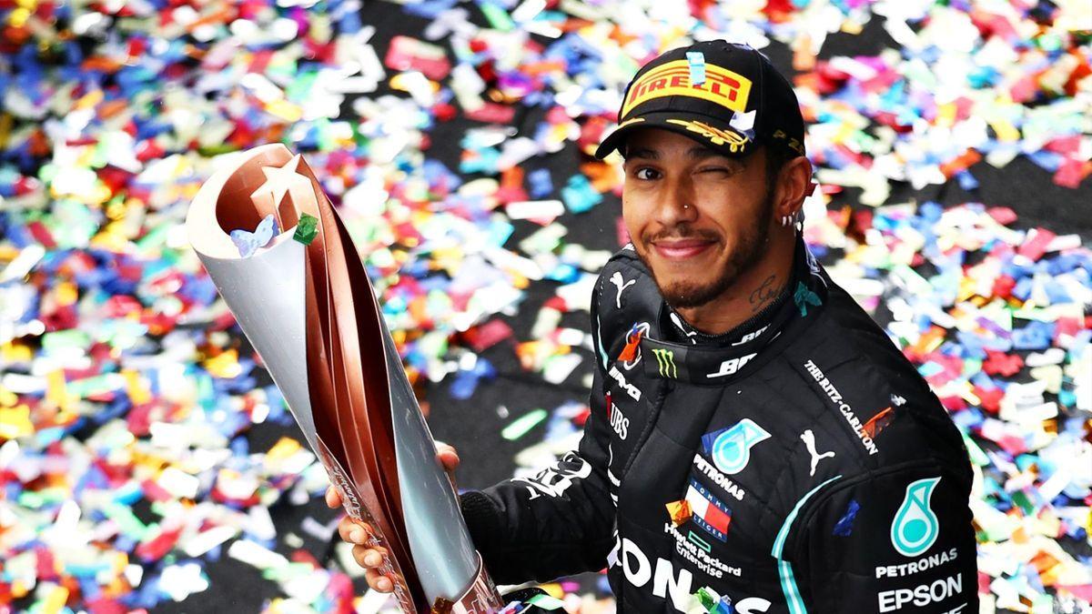 Lewis Hamilton se llevó Turquía e igualó a Schumacher