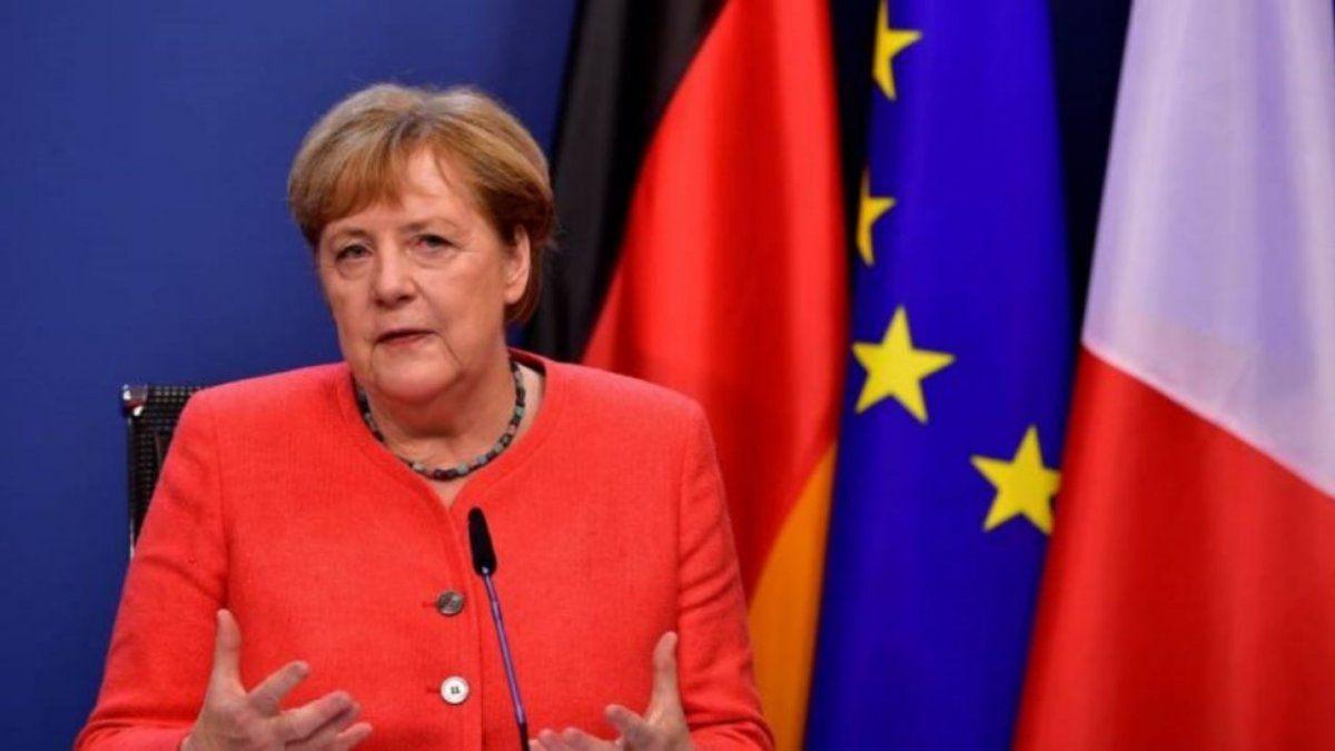 Angela Merkel instó a detener la violencia contra las mujeres