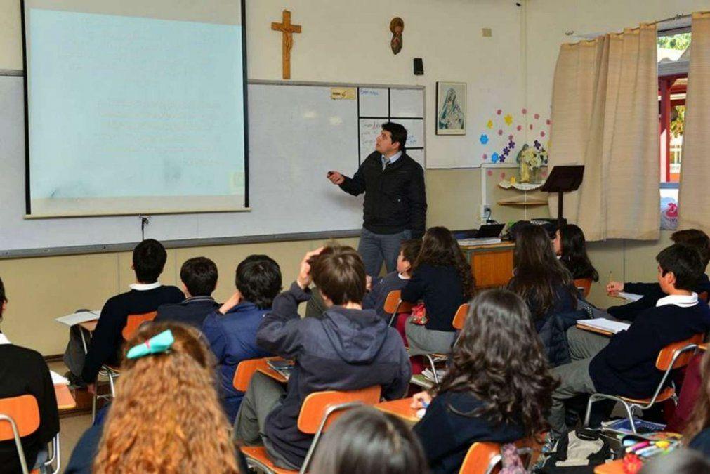 Colegios de educación católica evalúan suba en las cuotas