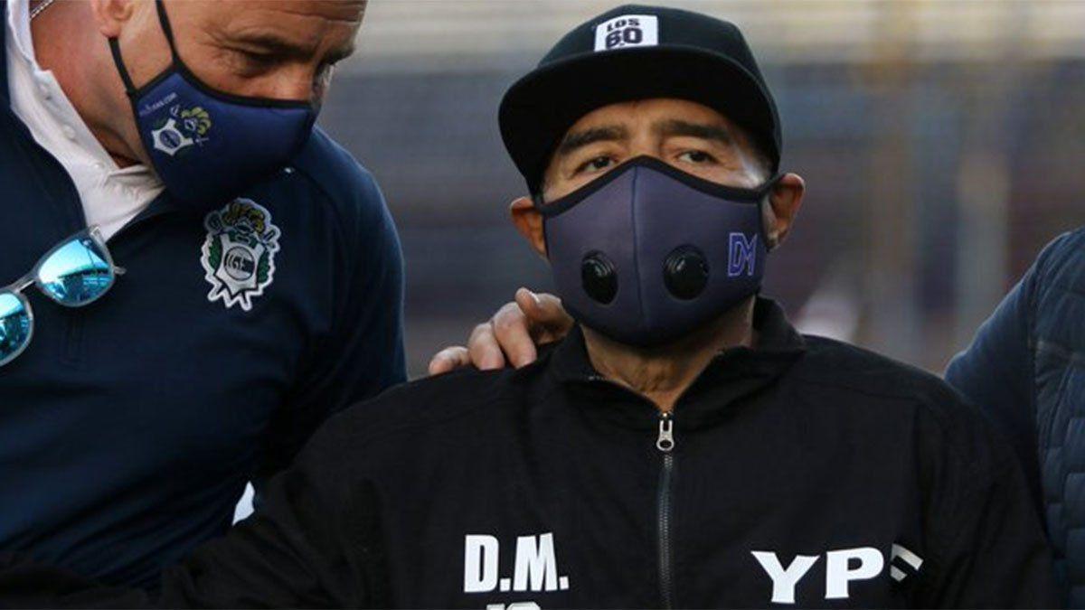 Maradona no recibió los tratamientos necesarios