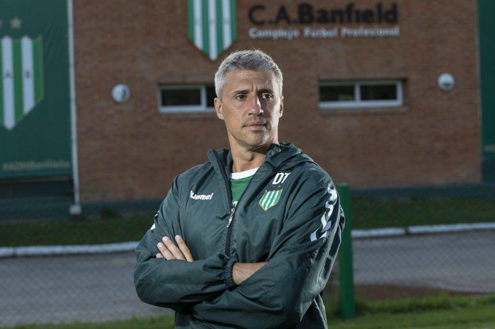 Hernán Crespo fue técnico de Banfield.