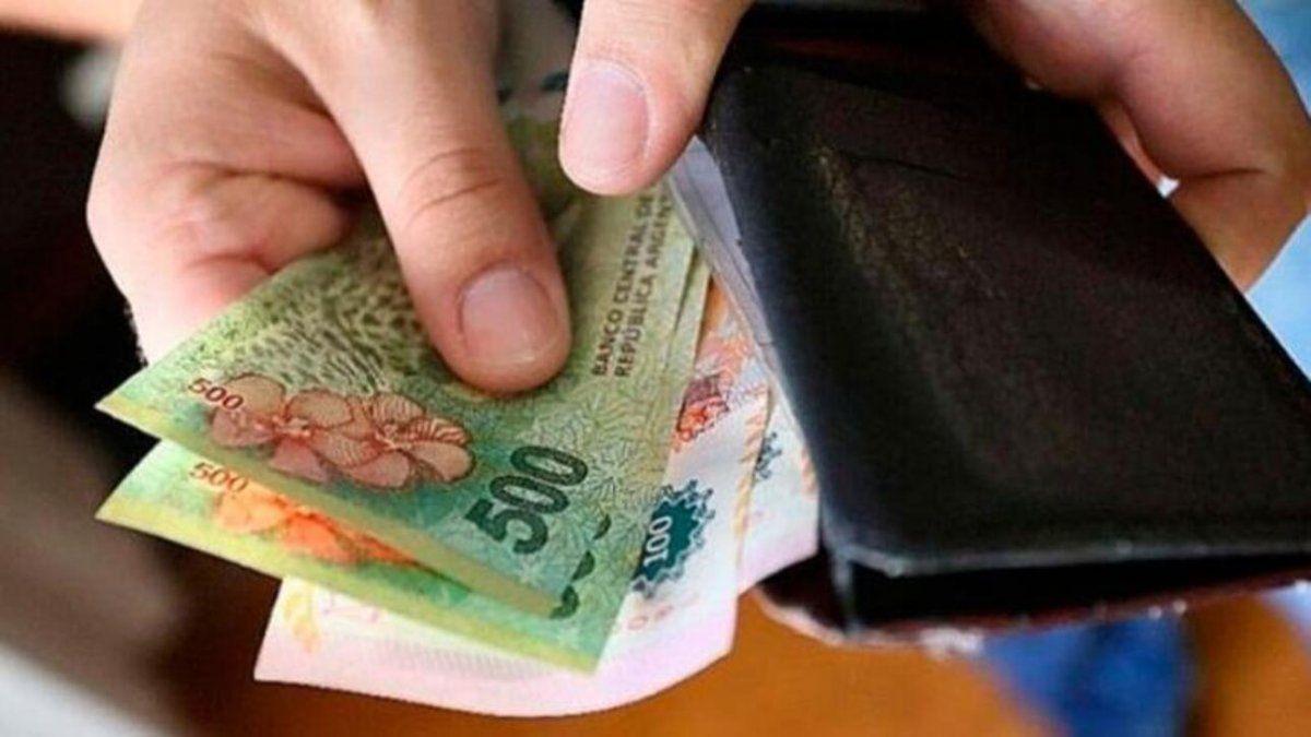 Salarios: proyectan caída del 27% en los últimos cuatro años
